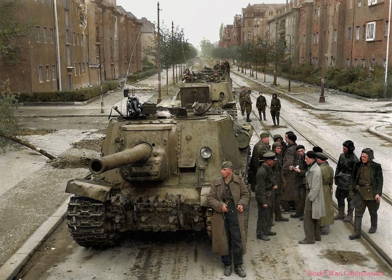 Colonne d'ISU-122 (mai 1945)