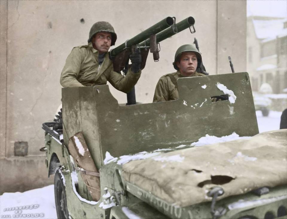 Photos colorisées d'infanterie 1945
