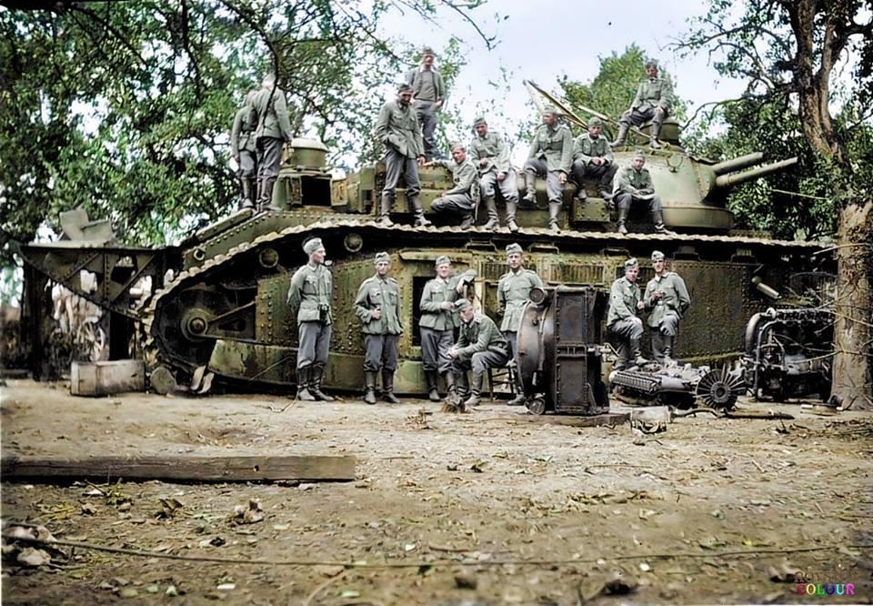 Photos colorisées de chars 1940