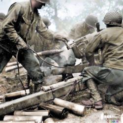 Batterie d'artilleurs de 105mm (juillet 1944)